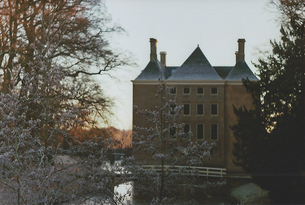 Kasteel Amerongen in de winter | another reverie